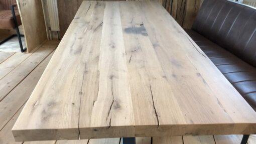Tischplatte Altholz Eiche klar lackiert (matt)