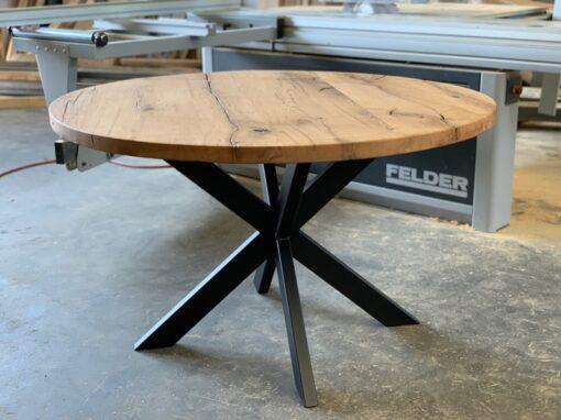 Runder Tisch Altholz