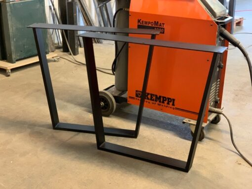 Tischgestell Stahlkufen Kera